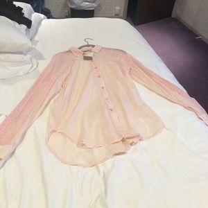 Beautiful, soft pink button-down tunic